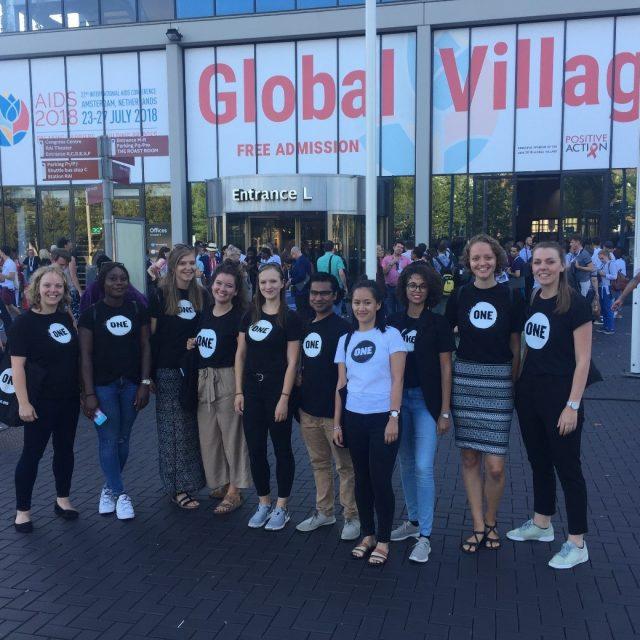 ONE   World Youth-Summit in der Jugendherberge? Passt zusammen!