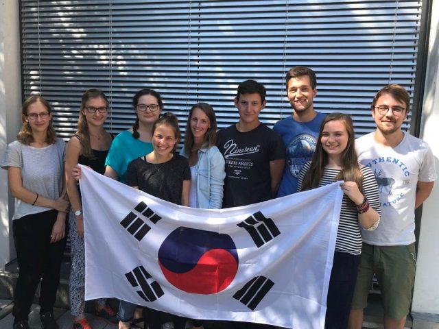 World Youth-Summit in der Jugendherberge? Passt zusammen!
