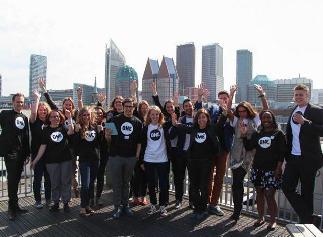 ONE jeugdambassadeurs in Nederland trekken met hun campagne naar Den Haag