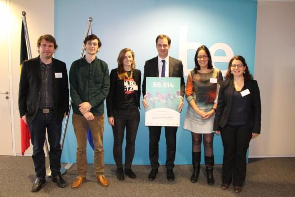 Belgian Deputy Prime Minister De Croo with NGO representatives