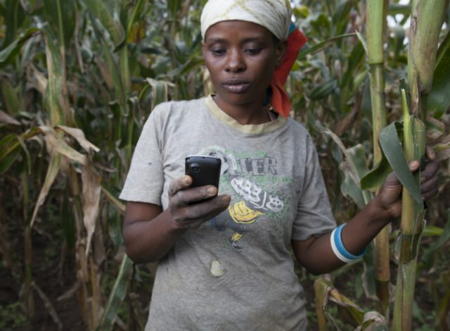 How Internet access could help lift women and girls out of poverty