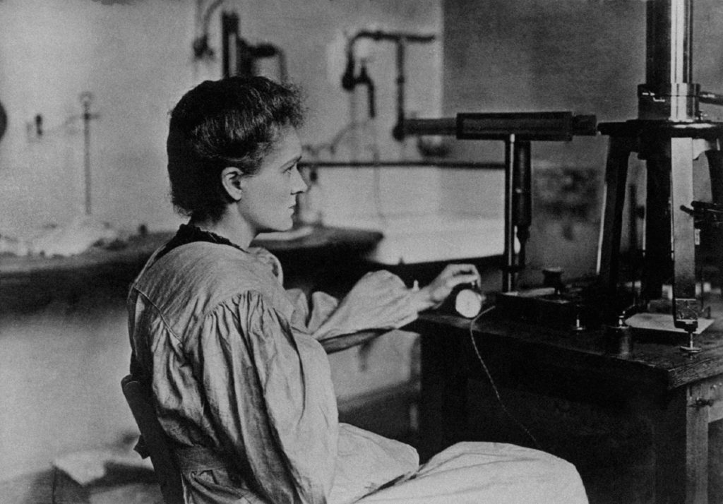 Marie_Curie_in_her_laboratory-1024x714.j