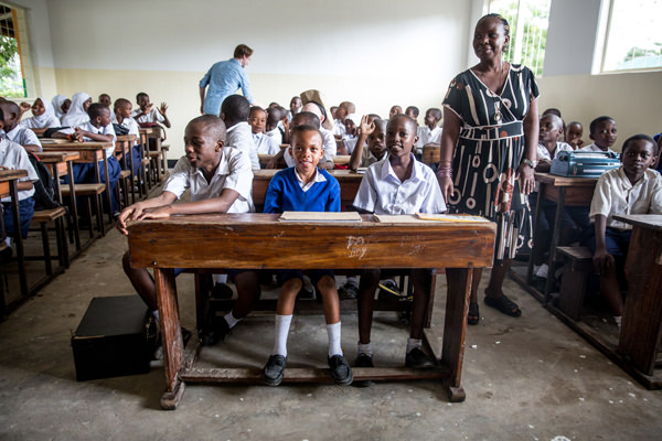 Students enrolled at the Uhuru Mchanganyiko Primary School in Dar es Salaam are benefitting from Canada's recently increased contribution to the Global Partnership for Education.