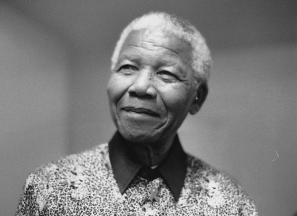 Nelson_Mandela_2000_5.jpg