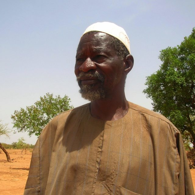 Winner of the 'alternative nobel prize' turns desert to forest in Burkina Faso