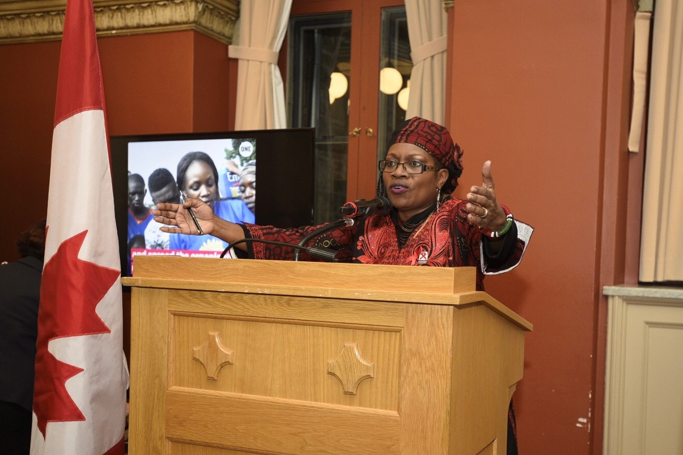 Well-known community TV and radio host in Ottawa, Ms. Sarah Onyango, spoke of the family & friends she's lost to AIDS and the devastating impact of the disease in communities through Kenya.