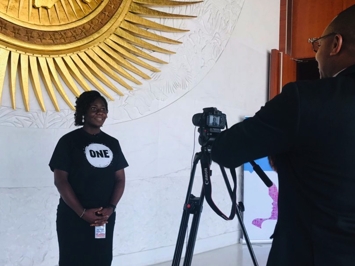ONE Champion Chidinma Ibemere talks to the media about her work on girls education at the Pan-African Youth Forum.