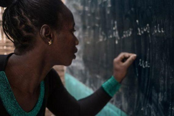 Bulletin de notes du Canada sur l'aide publique au développement: un verre à moitié plein