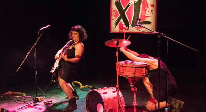 Las XL: abandónate mucho en Madrid (Teatros Luchana)
