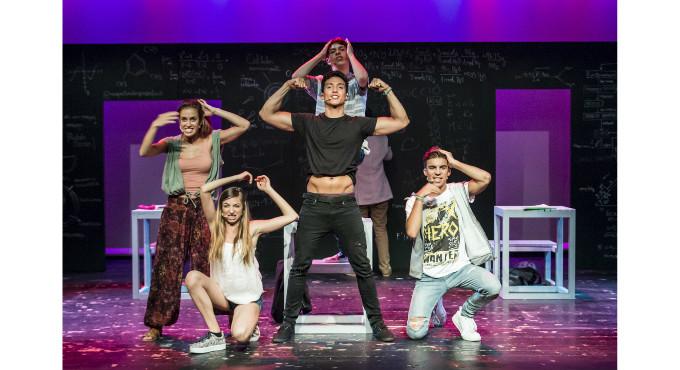 Ningu et va dir que fos facil a Barcelona (Jove Teatre Regina)