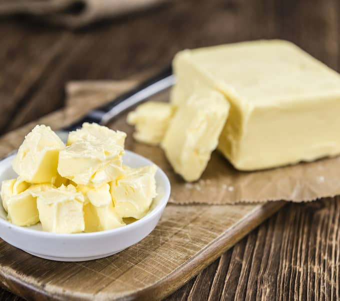 8 Reasons Why Grass-Fed Butter is One of The Healthiest Fats On Earth