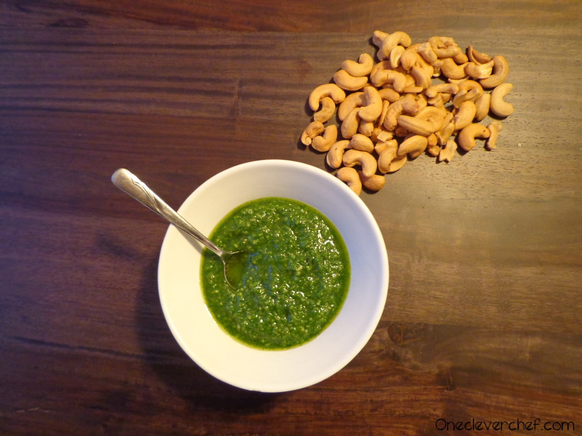 Spinach & Cashews Homemade Pesto