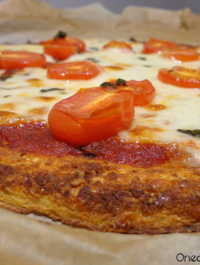 Cauliflower Crust Margherita Pizza