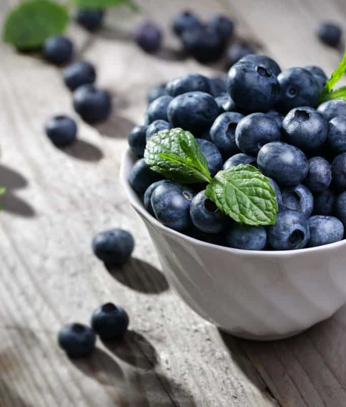 Top 10 Stress-Fighting Superfoods To Calm You Down