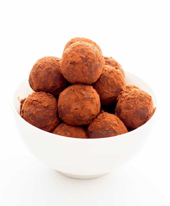 Healthy Chocolate Rum Balls