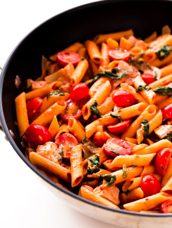 Red Pesto Pasta – One-Pot, Ready Under 30 Minutes!