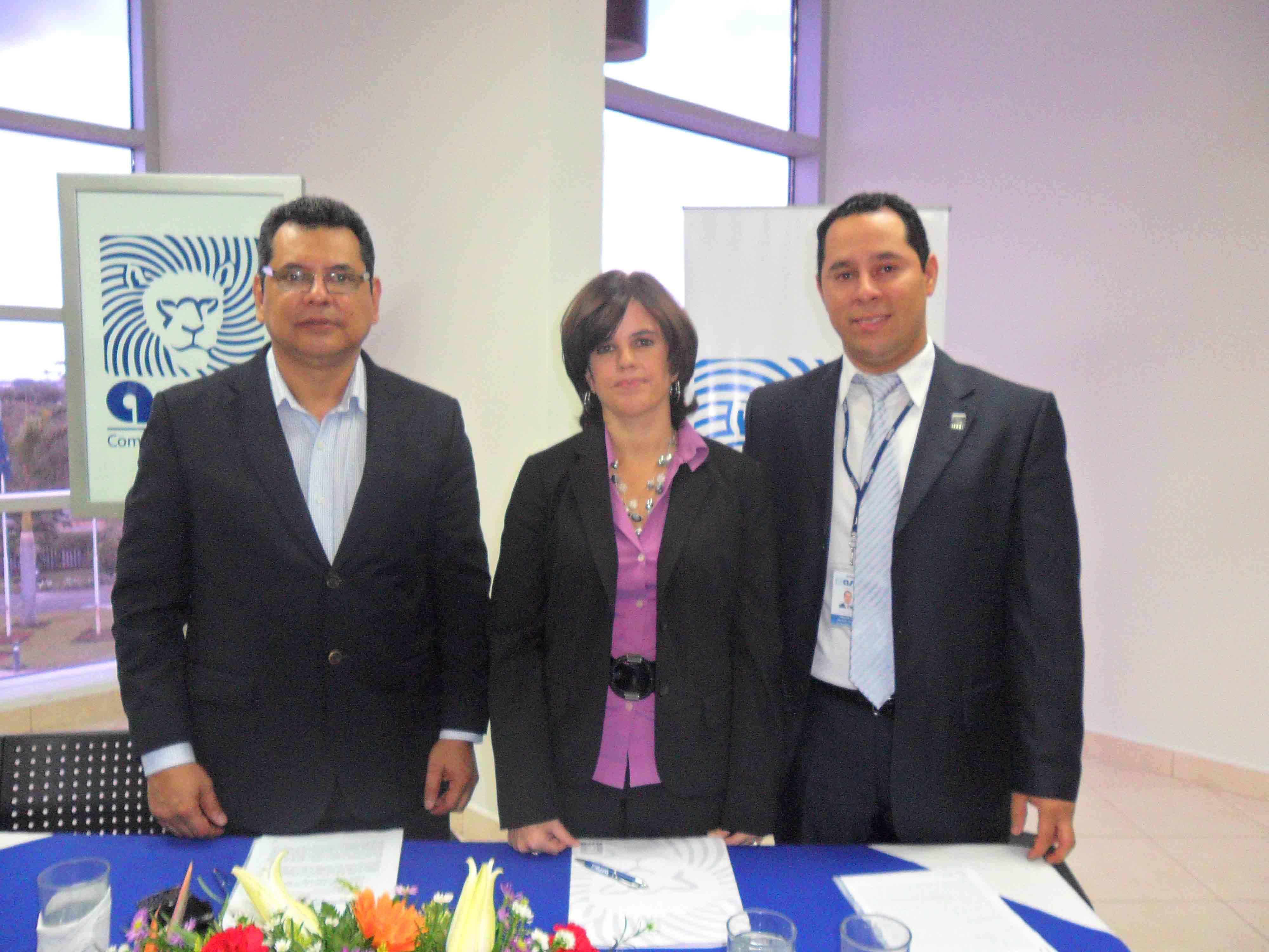 Firma de convenio Seguros ASSA y AFODENIC