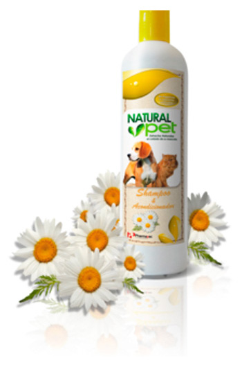 NATURAL PET SHAMPOO & ACONDICIONADO