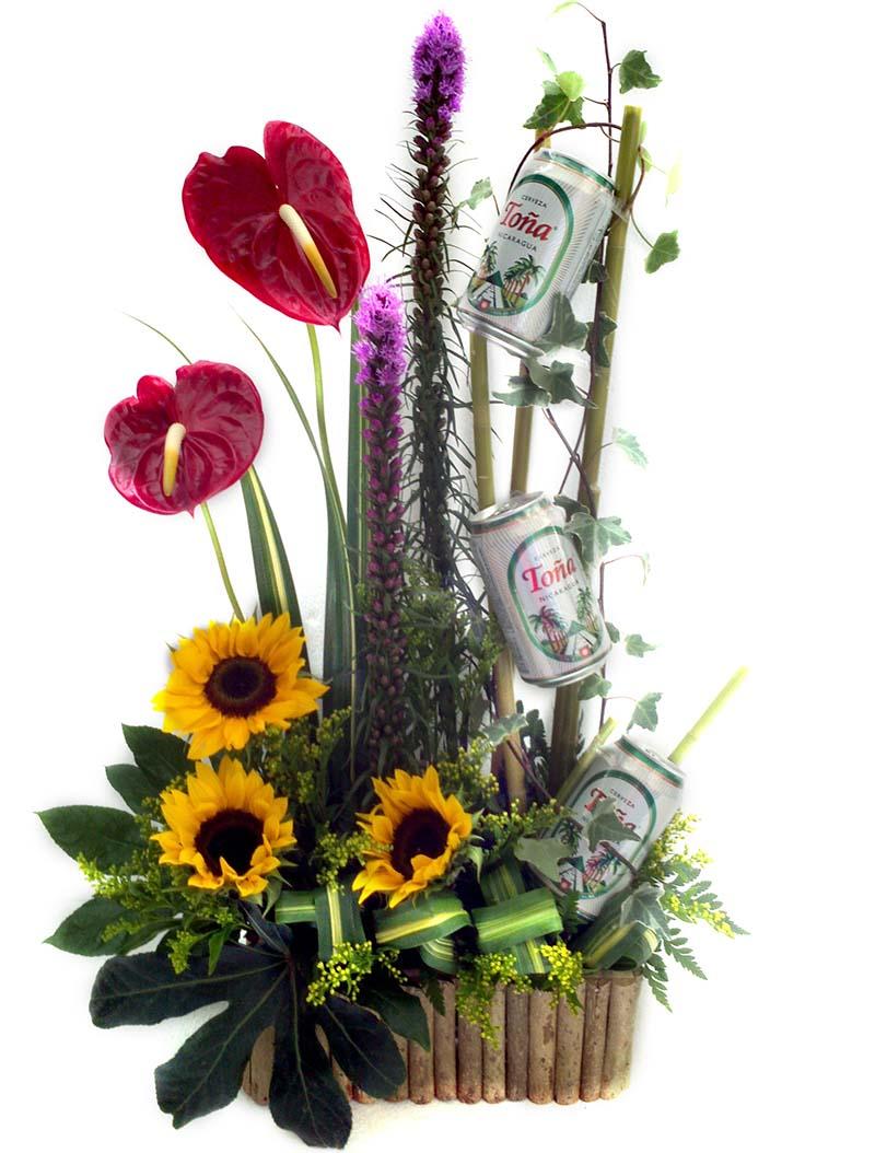 Flores Y Diseños Arreglo Con Cervezas