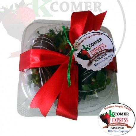 Cajita 12 fresas con chocolate