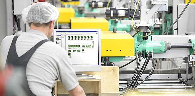 Manufacturing Execution Systems (MES) for injection moulding production