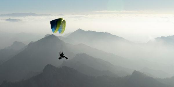 Kona 2 Ozone paragliding/paramotoring wing