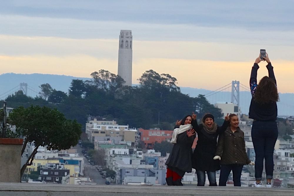 Travelers on Lombard Street