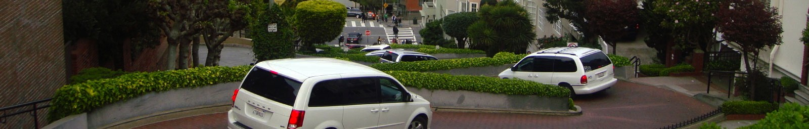 Lombard Street on your hostel tour of San Francisco.