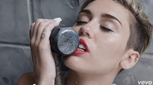Miley Cyrus Sledge Hammer