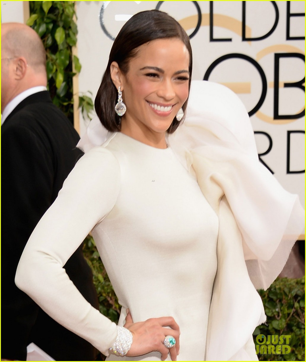 paula-patton-golden-globes-2014-red-carpet-04