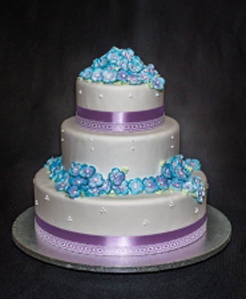 WEDDING-CAKE_ADALYN_2016