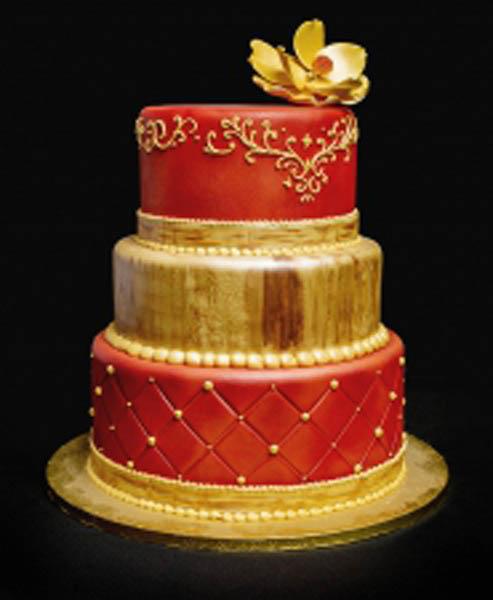WEDDING CAKE_AMOROUS_2015
