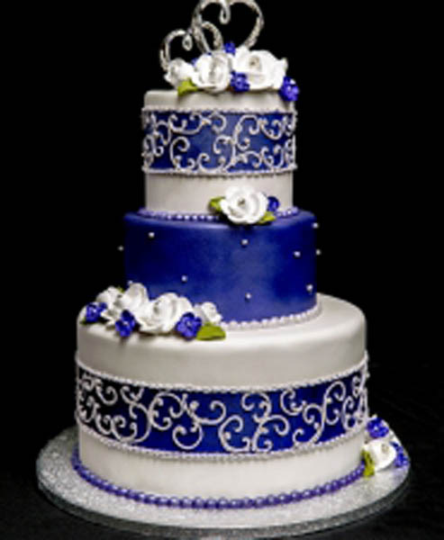 WEDDING CAKE_MEANT TO BE_2015