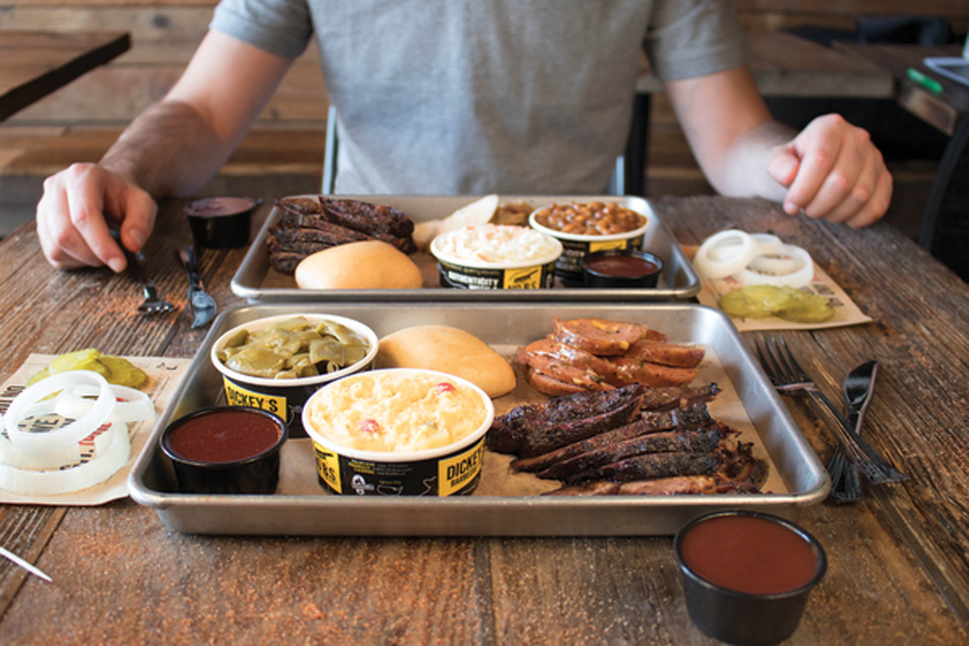 Fast Casual: Dickey's Barbecue Pit testing delivery