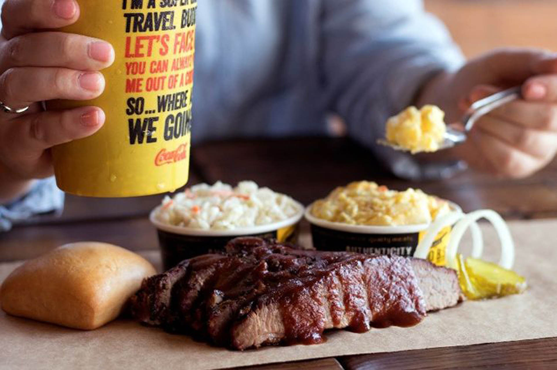 Local Barbecue Lovers Bring Dickey's to Leesburg, FL