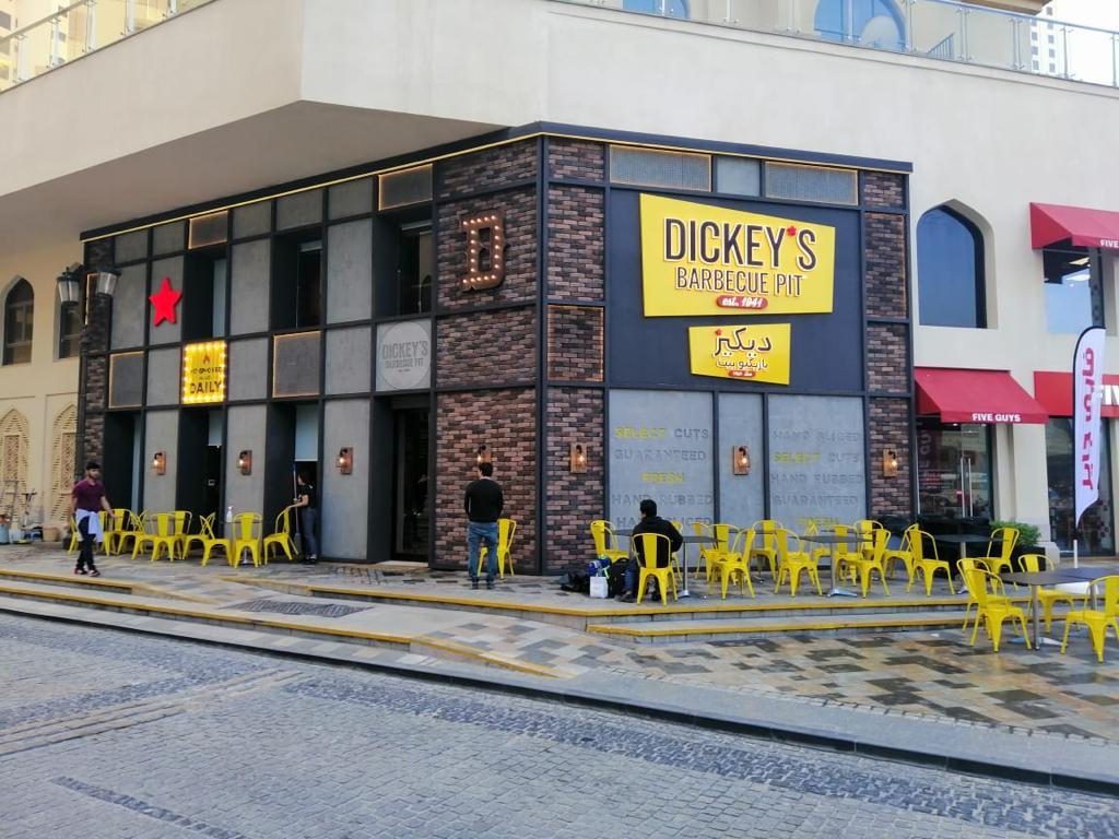 Fast Casual: Dickey's Opens New Location in Dubai