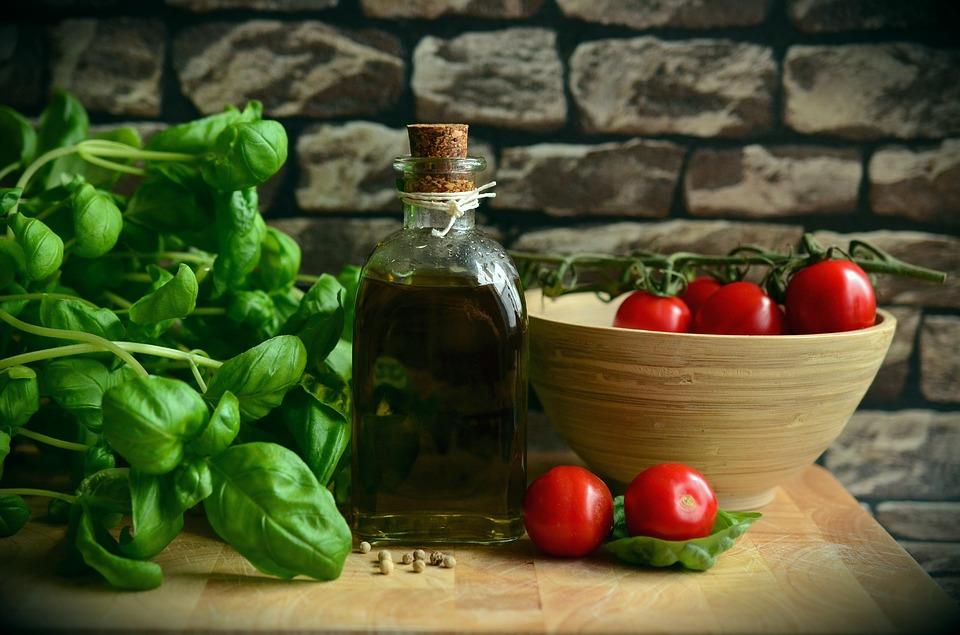 mediteranska salata.jpg