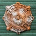 Intorno Medallion Plq 35