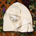 Mary triangle Della Robbia