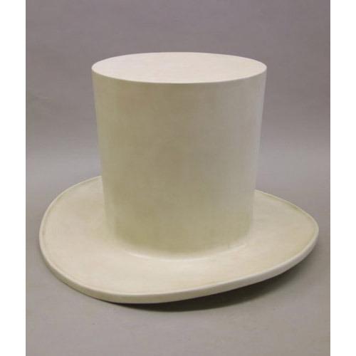 Top Hat-Giant 26