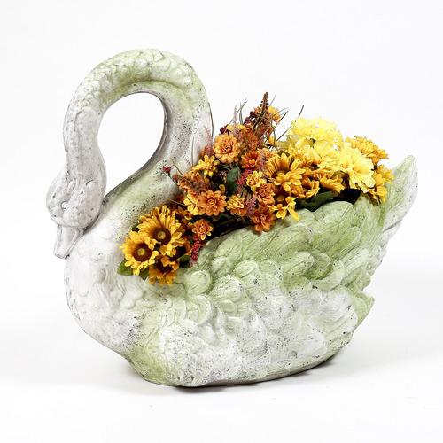 Swan Grande Planter 22