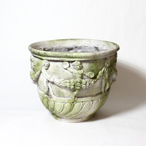 Cherub & Garland urn