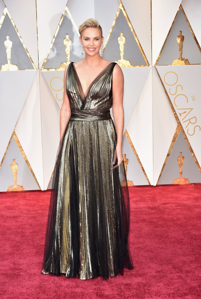 Charlize Theron Oscar 2017 Red Carpet Arrival Oscars Red
