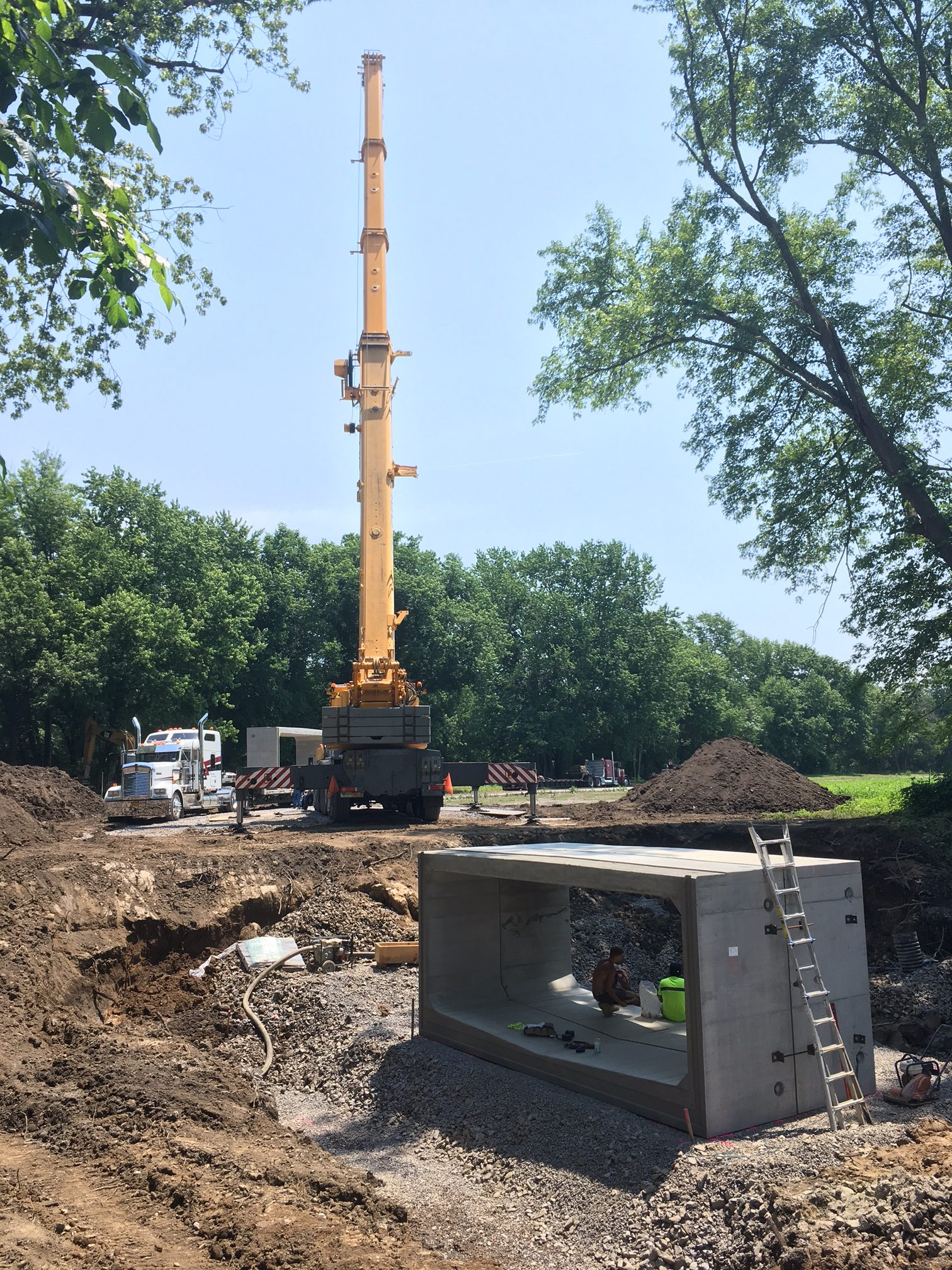 Installation of a culvert at the River-to-Ridge Trail.