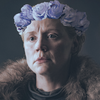 Downlookingup's avatar. Brienne in season 8 wearing a photoshopped crown of blue roses
