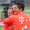 batplusbleu icon - robert lewandowski and joshua kimmich