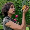 look, it's Regina Mills holding a golden apple (me. I'm a golden apple)