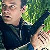 Rodney Mckay Stargate Atlantis 01x03 holding a gun