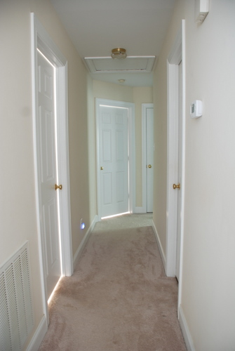 How to Spray Paint Door Knobs with Rustoleum's Oil-Rubbed Bronze   www.livelygreendoor.com