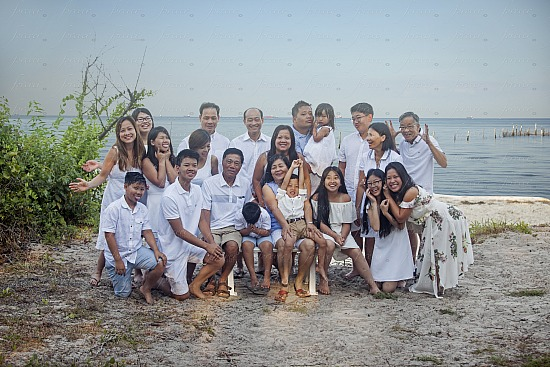 Quang-Le-Truong Family Portraits